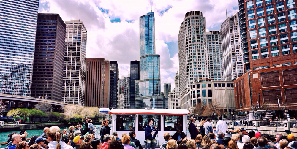 The Best Tours to Take During Springtime in Chicago | Hotel EMC2