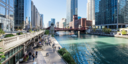 4 Travel Tips When Visiting Chicago | Hotel EMC2