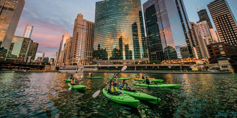 2020 Summer Chicago Bucket List   Hotel EMC2